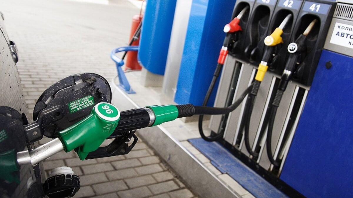 проверка 95 бензина на АЗС