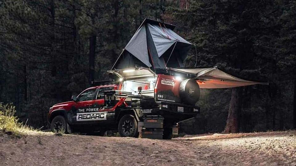 кемпер Redarc Toyota Tacoma
