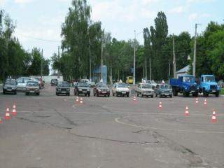 Автошколы при обласному навчально-виробничому центрі в Черниговской области, Автошколы при обласному навчально-виробничому центрі в Черниговской области